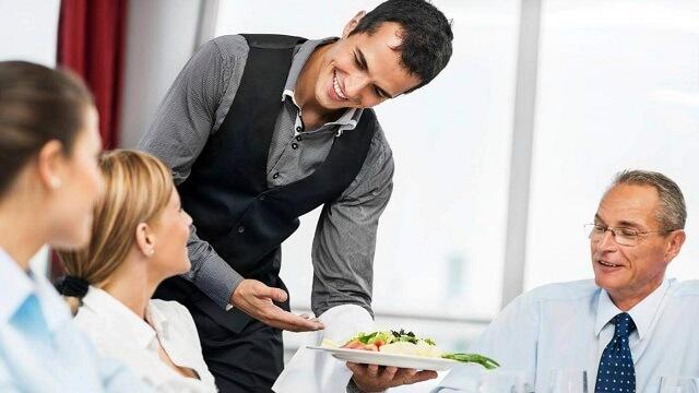 Staff là gì? Tên gọi và nhiệm vụ của các vị trí trong nhà hàng khác sạn