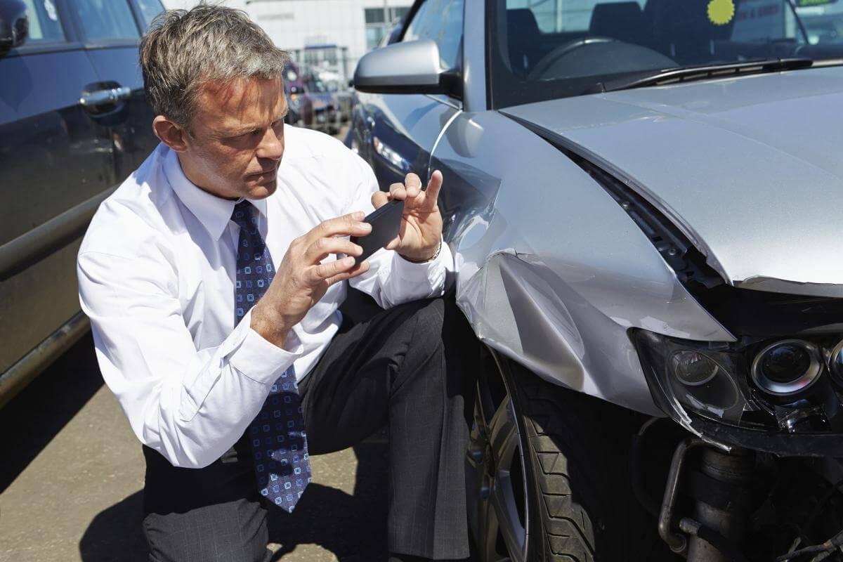 Giám định bảo hiểm là gì? Quy tình và vai trò của các bạn ra sao?